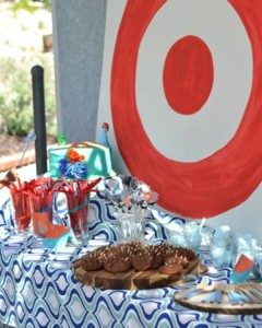 Brave themed birthday party via Kara's Party Ideas | KarasPartyIdeas.com #brave #disney #movie #themed #party #ideas #decorations #idea #cake #cupcakes #favors #girl #supplies (20)