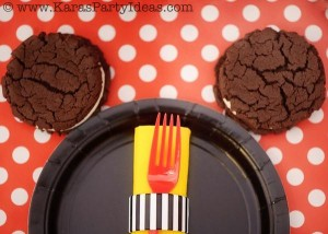 Mickey Mouse Birthday Party via Kara's Party Ideas | KarasPartyIdeas.com #mickey #mouse #cake #favor #decorations #supplies #birthday #party #ideas (33)