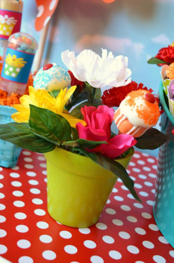 Cupcake in Bloom Spring Dessert Party via Kara's Party Ideas | KarasPartyIdeas.com #cupcake #bloom #spring #dessert #table #party #ideas (29)