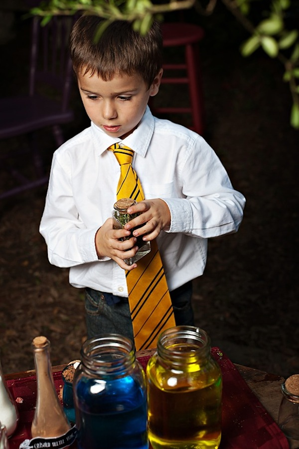 Harry Potter themed birthday party idea via Kara's Party Ideas | KarasPartyIdeas.com #harry #potter #decorations #printables #invitation #decorations party #supplies #idea #cake #cupcakes #activities (2)