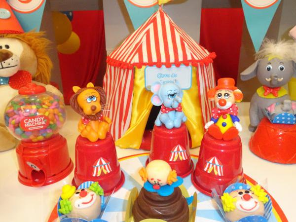 Circus Birthday Party via Kara's Party Ideas | KarasPartyIdeas.com #circus #carnival #birthday #party #ideas (6)