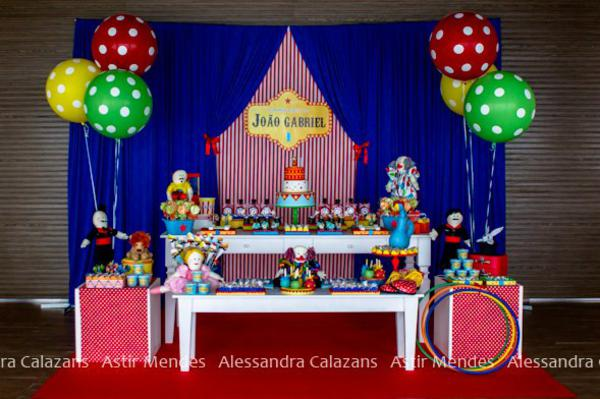 Circus Carnival Party via Kara's Party Ideas | KarasPartyIdeas.com #circus #carnival #birthday #party #ideas (9)
