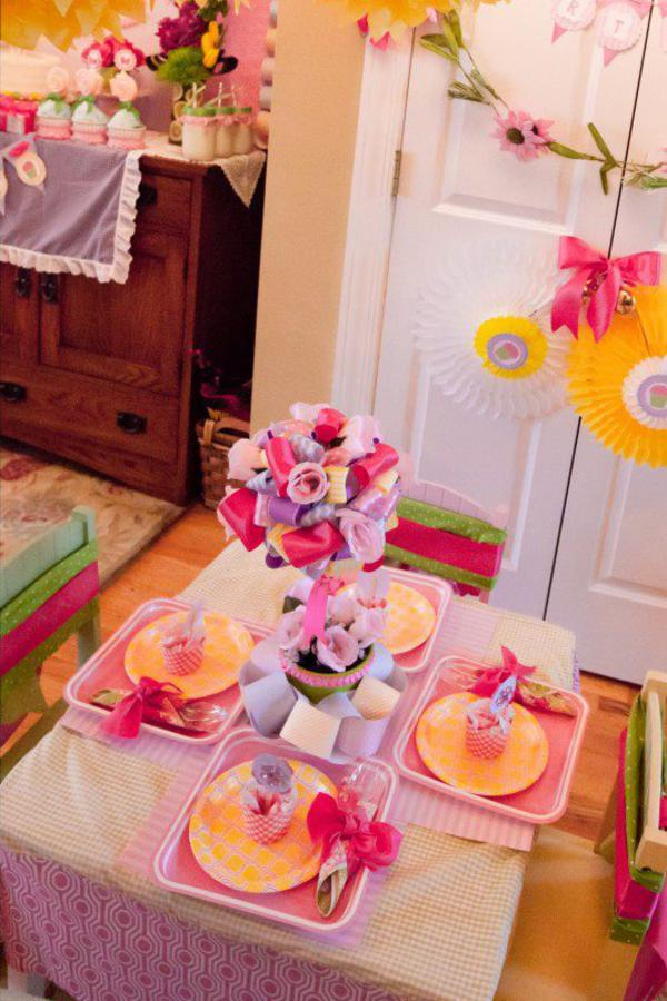 Girly Gingham Party via Kara's Party Ideas | KarasPartyIdeas.com #girly #gingham #pink #party #ideas (12)