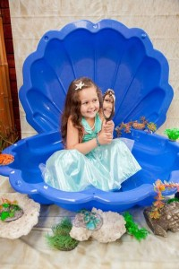 Mermaid girl under the sea party via Kara's Party Ideas! KarasPartyIdeas.com #mermaid #themed #birthday #party #planning #supplies #cake #cupcakes #idea (51)