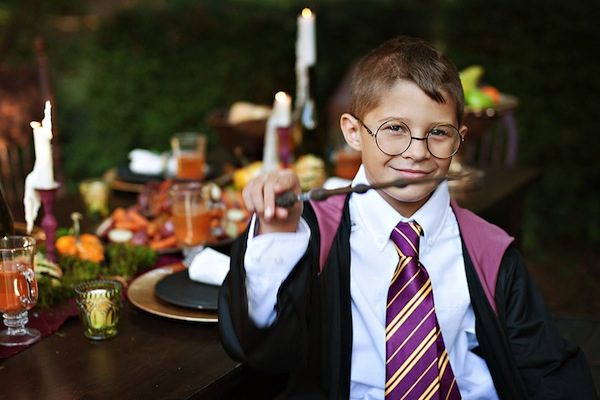 Harry Potter themed birthday party idea via Kara's Party Ideas | KarasPartyIdeas.com #harry #potter #decorations #printables #invitation #decorations party #supplies #idea #cake #cupcakes #activities (21)