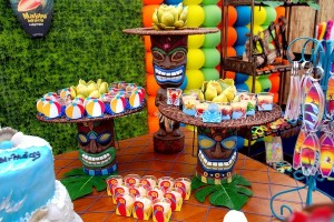 Luau + Surf themed birthday party FULL of ideas! Via Kara's Party Ideas | KarasPartyIdeas.com #summer #pool #luau #surfing #party #themed #idea #cake #supplies #decor #food #desserts (11)