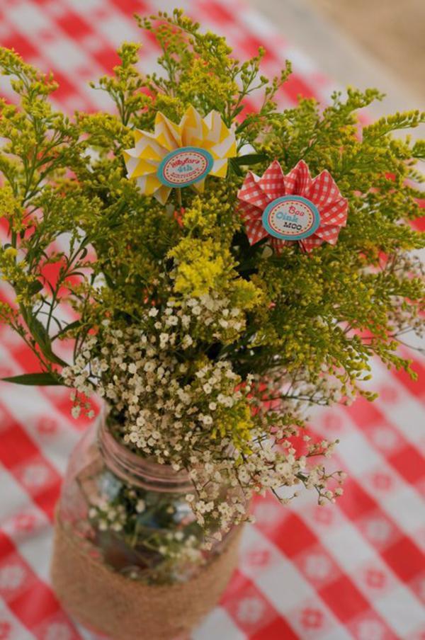 Farmyard Birthday Bash via Kara's Party Ideas | KarasPartyIdeas.com #farmyard #farm #birthday #bash #party #ideas (8)