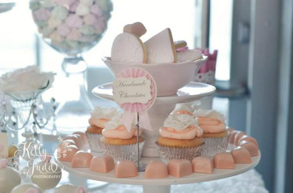 Pretty Pink Vintage Wedding via Kara's Party Ideas | KarasPartyIdeas.com #pretty #vintage #pink #wedding #party #reception #ideas (24)