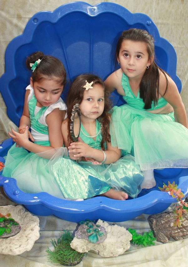 Mermaid girl under the sea party via Kara's Party Ideas! KarasPartyIdeas.com #mermaid #themed #birthday #party #planning #supplies #cake #cupcakes #idea (16)