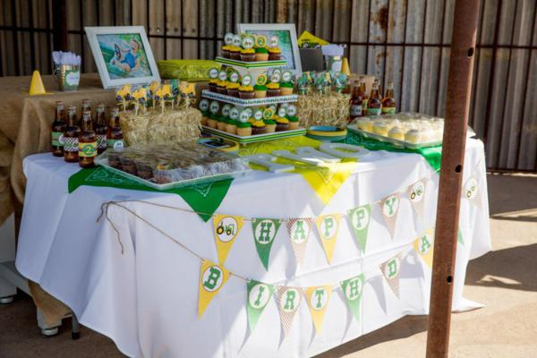 John Deere Farm Party via Kara's Party Ideas | KarasPartyIdeas.com #john #deere #birthday #party #ideas (10)