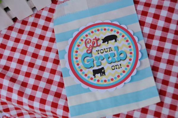 Farmyard Birthday Bash via Kara's Party Ideas | KarasPartyIdeas.com #farmyard #farm #birthday #bash #party #ideas (2)