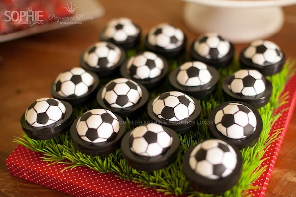 Soccer themed birthday party via Kara's Party Ideas | KarasPartyIdeas.com #soccer #themed #birthday #party #supplies #decor #cake #idea #cupcakes #favors (14)