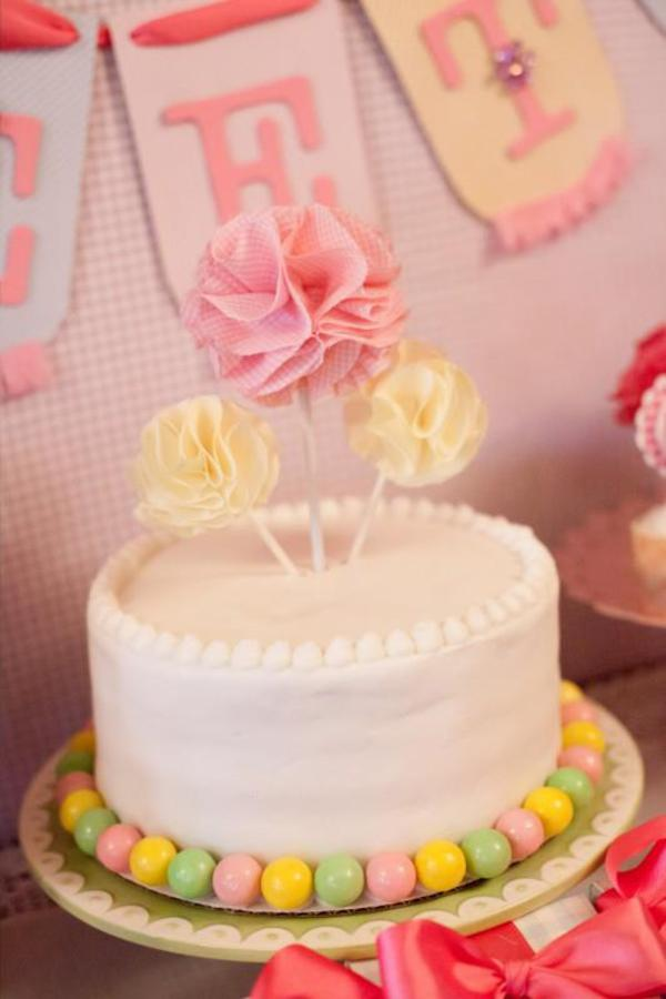 Girly Gingham Party via Kara's Party Ideas | KarasPartyIdeas.com #girly #gingham #pink #party #ideas (9)