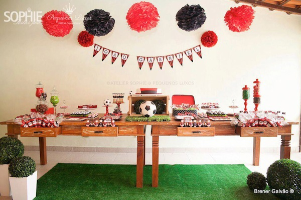 Soccer themed birthday party via Kara's Party Ideas | KarasPartyIdeas.com #soccer #themed #birthday #party #supplies #decor #cake #idea #cupcakes #favors (13)