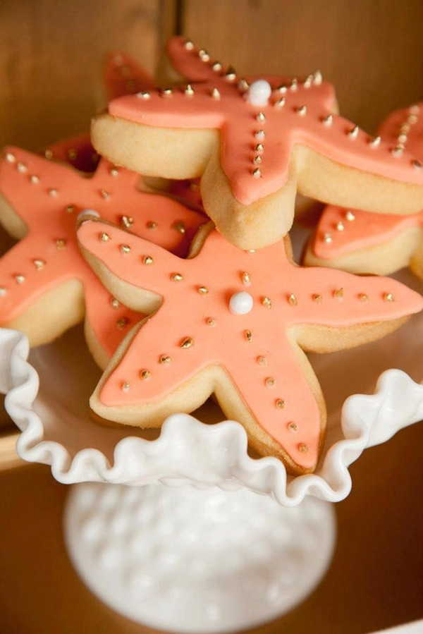Mermaid girl under the sea party via Kara's Party Ideas! KarasPartyIdeas.com #mermaid #themed #birthday #party #planning #supplies #cake #cupcakes #idea (42)