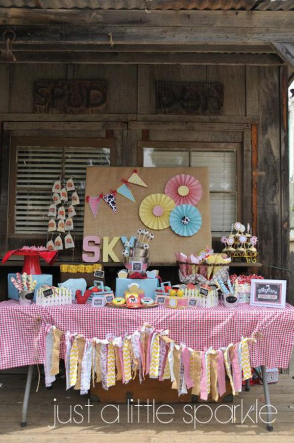 Farmyard Birthday Bash via Kara's Party Ideas | KarasPartyIdeas.com #farmyard #farm #birthday #bash #party #ideas (17)