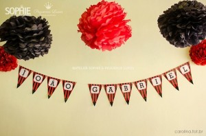 Soccer themed birthday party via Kara's Party Ideas | KarasPartyIdeas.com #soccer #themed #birthday #party #supplies #decor #cake #idea #cupcakes #favors (10)