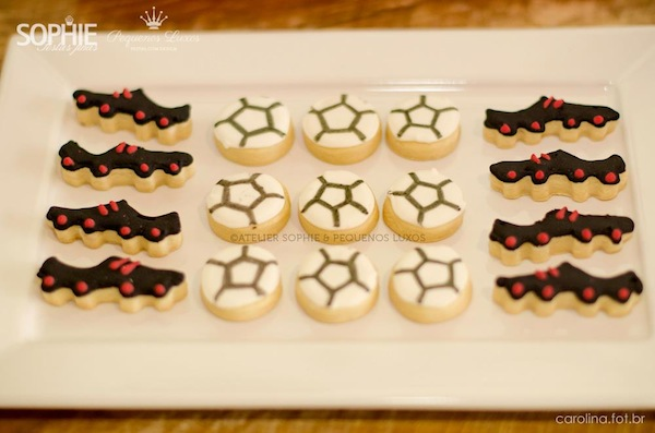 Soccer themed birthday party via Kara's Party Ideas | KarasPartyIdeas.com #soccer #themed #birthday #party #supplies #decor #cake #idea #cupcakes #favors (9)