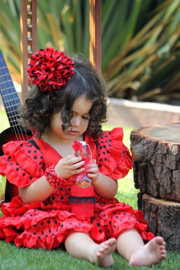 Flamenco Dancer Themed Party via Kara's Party Ideas | KarasPartyIdeas.com #flamenco #dance #rose #red #party #ideas (4)