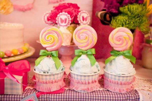 Girly Gingham Party via Kara's Party Ideas | KarasPartyIdeas.com #girly #gingham #pink #party #ideas (3)