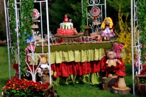 Little Red Riding Hood Party via Kara's Party Ideas | KarasPartyIdeas.com #little #red #riding #hood #party #ideas (3)
