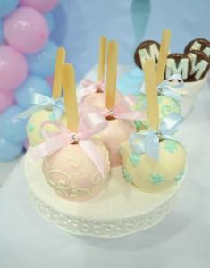 Cinderella Themed Birthday Party via Kara's Party Ideas   Kara'sPartyIdeas.com #cinderella #themed #birthday #party (23)