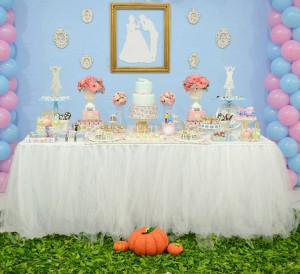 Cinderella Themed Birthday Party via Kara's Party Ideas | Kara'sPartyIdeas.com #cinderella #themed #birthday #party (22)