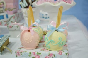 Cinderella Themed Birthday Party via Kara's Party Ideas | Kara'sPartyIdeas.com #cinderella #themed #birthday #party (15)