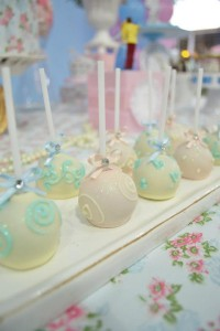 Cinderella Themed Birthday Party via Kara's Party Ideas | Kara'sPartyIdeas.com #cinderella #themed #birthday #party (35)