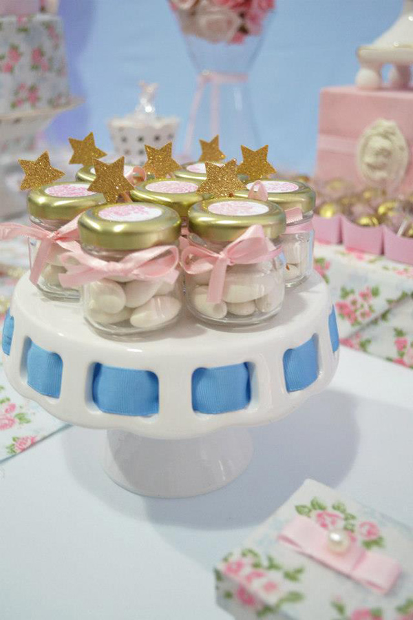 Cinderella Themed Birthday Party via Kara's Party Ideas | Kara'sPartyIdeas.com #cinderella #themed #birthday #party (33)