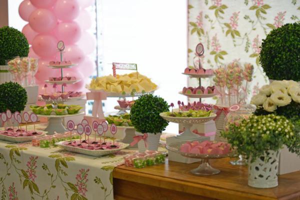 Elephant 1st Birthday Party via Kara's Party Ideas | KarasPartyIdeas.com #elephant #party #baby #shower #ideas (41)