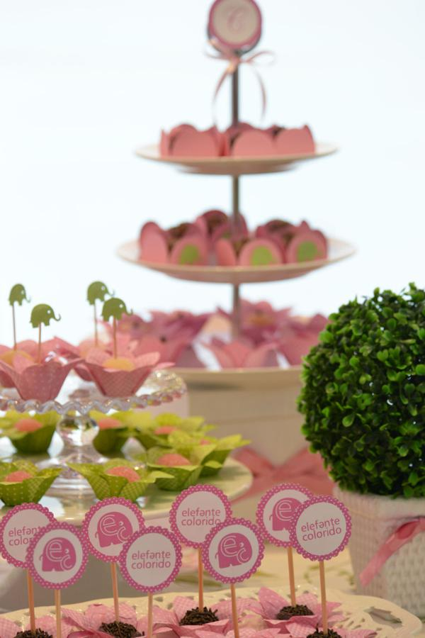 Elephant 1st Birthday Party via Kara's Party Ideas | KarasPartyIdeas.com #elephant #party #baby #shower #ideas (34)