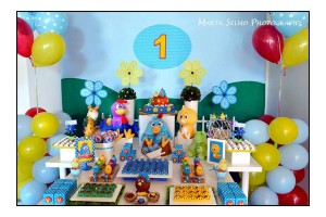 Galinha Pintadinha Birthday Party via Kara's Party Ideas | Kara'sPartyIdeas.com #galinha #pintadinha #birthday #party (21)