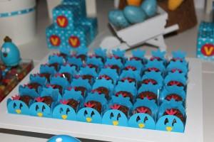 Galinha Pintadinha Birthday Party via Kara's Party Ideas | Kara'sPartyIdeas.com #galinha #pintadinha #birthday #party (8)