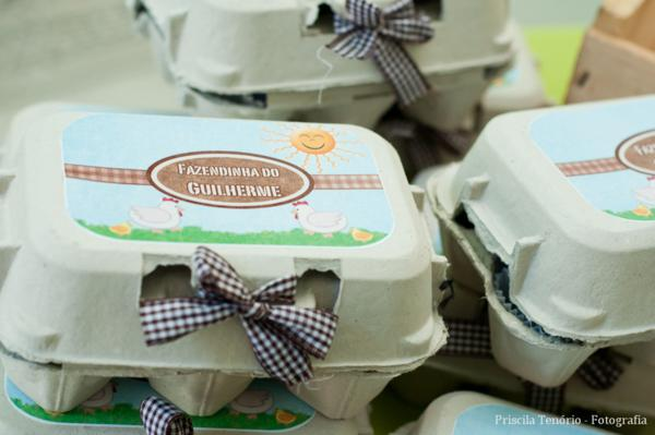 Farm Birthday Party via Kara's Party Ideas | KarasPartyIdeas.com #farm #barnyard #birthday #party #ideas (20)