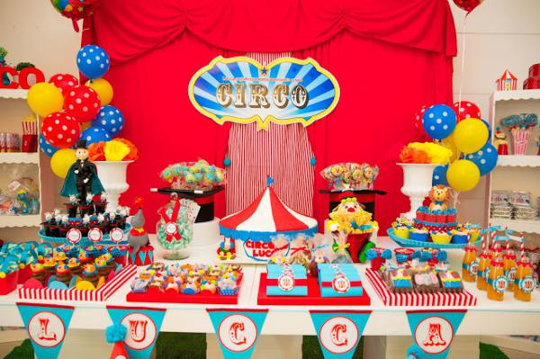Circus Birthday Party via Kara's Party Ideas | KarasPartyIdeas.com #circus #carnival #birthday #party #ideas (2)