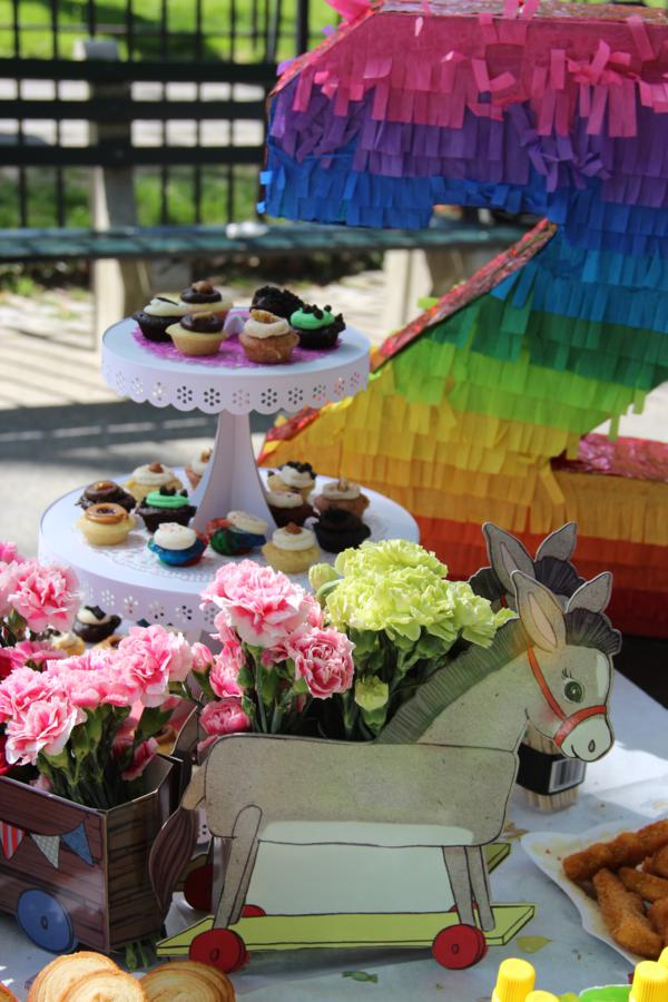 Vintage Birthday Parade Party via Kara's Party Ideas | KarasPartyIdeas.com #vintage #birthday #parade #party #ideas (10)