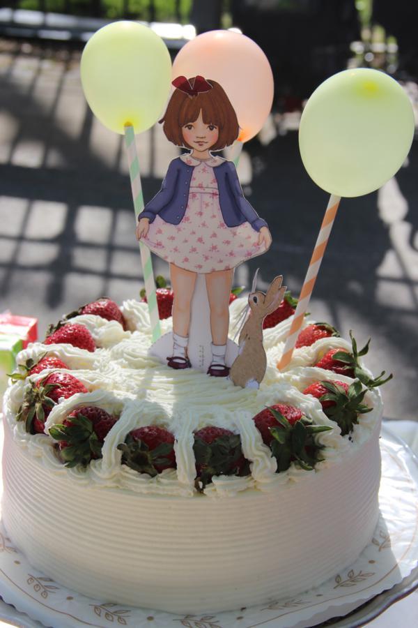 Vintage Birthday Parade Party via Kara's Party Ideas | KarasPartyIdeas.com #vintage #birthday #parade #party #ideas (2)