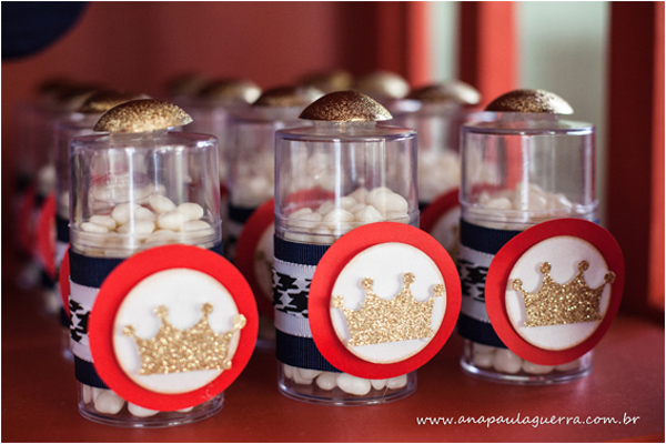 London Birthday Party via Kara's Party Ideas | Kara'sPartyIdeas.com #london #birthday #party (21)
