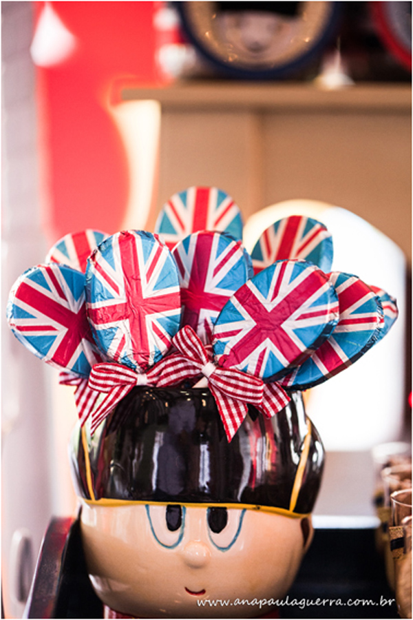 London Birthday Party via Kara's Party Ideas | Kara'sPartyIdeas.com #london #birthday #party (3)