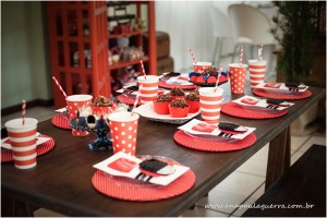 London Birthday Party via Kara's Party Ideas | Kara'sPartyIdeas.com #london #birthday #party (23)