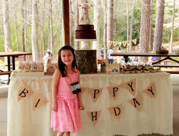 Girly Safari Party via Kara's Party Ideas | KarasPartyIdeas.com #safari #jungle #birthday #party #ideas (9)