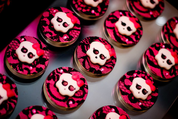 Monster High 8th Birthday Party via Kara's Party Ideas | Kara'sPartyIdeas.com #monster #high #birthday #party (23)