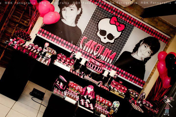Monster High 8th Birthday Party via Kara's Party Ideas | Kara'sPartyIdeas.com #monster #high #birthday #party (17)