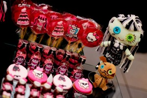 Monster High 8th Birthday Party via Kara's Party Ideas | Kara'sPartyIdeas.com #monster #high #birthday #party (11)