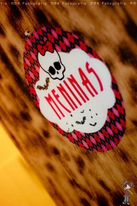 Monster High 8th Birthday Party via Kara's Party Ideas | Kara'sPartyIdeas.com #monster #high #birthday #party (10)