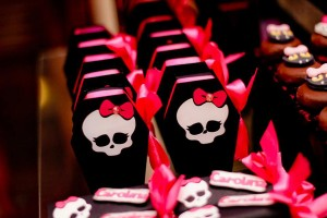 Monster High 8th Birthday Party via Kara's Party Ideas | Kara'sPartyIdeas.com #monster #high #birthday #party (8)