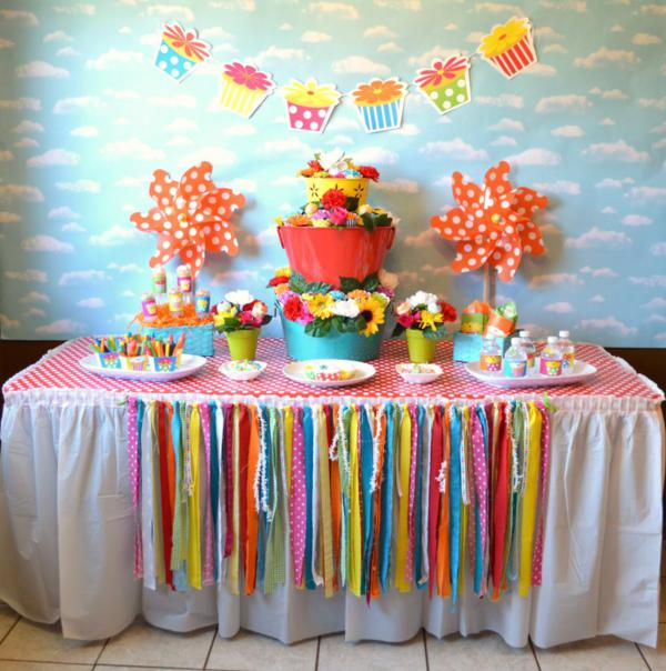 Cupcake in Bloom Spring Dessert Party via Kara's Party Ideas | KarasPartyIdeas.com #cupcake #bloom #spring #dessert #table #party #ideas (15)