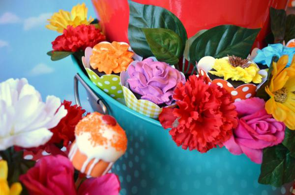 Cupcake in Bloom Spring Dessert Party via Kara's Party Ideas | KarasPartyIdeas.com #cupcake #bloom #spring #dessert #table #party #ideas (10)