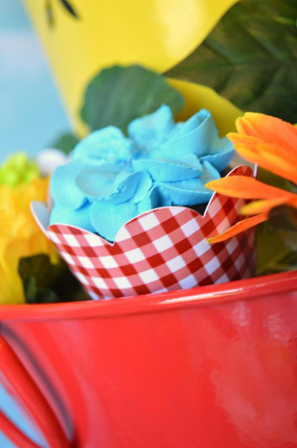 Cupcake in Bloom Spring Dessert Party via Kara's Party Ideas | KarasPartyIdeas.com #cupcake #bloom #spring #dessert #table #party #ideas (2)